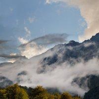 Кавказские горы :: олег