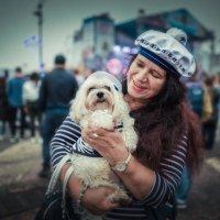 Дама с собачкой. :: Андрей Кровлин