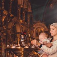 Крещение ребенка. :: Александр Иванов