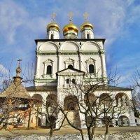 Успенский собор Ио́сифово-Во́лоцкого монасты́ря :: Елена (ЛенаРа)