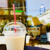 Кому латте охлаждённое в жаркий летний день? ;) :: Uliya