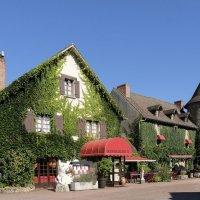 Усадьба Генрих IV в деревни Бессин-сюр-Гартемп :: Георгий