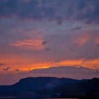 Закат на Телецком озере (Республика Алтай) :: Евгений Коркин
