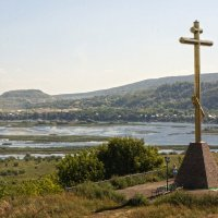 Крест на Царевом кургане :: Валерий