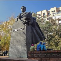 Памятник В.И. ЧУЙКОВУ. :: Юрий ГУКОВЪ