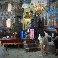 В соборной церкви сохранилась икона Пресвятой Богородицы с серебряным окладом :: Swetlana V