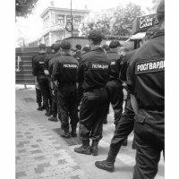 В некотором царстве, в полицейском государстве... Утренний кофе... In a certain kingdom, in a police :: Сергей Леонтьев