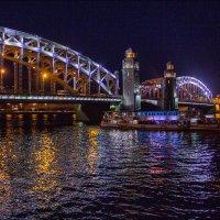 Нева. Мост императора Петра Великого. :: Валентин Яруллин