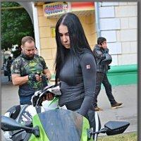 День города. Чебоксары праздник. Зарисовка. :: Юрий Ефимов