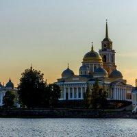 Вечер в Ниловой :: Александр Горбунов