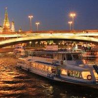 По Москва реке :: ninell nikitina