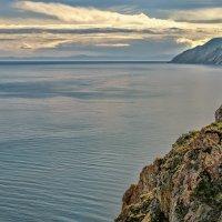 Мраморные скалы Ольхона :: Виктор Заморков