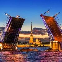 Дворцовый мост :: Юлия Батурина