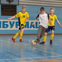 Футболисты :: Владимир Фролов