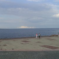 На набережной Онежского озера :: Виктор Мухин
