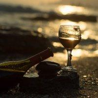 Вино цвета солнца. :: Юлия Давыдова