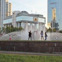 Лето, у фонтана. :: sav-al-v Савченко