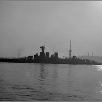 """Battlecruiser """"HMS Hood"""" silhouetted in Vancouver harbour, June 25-26th 1924. :: Александр"""