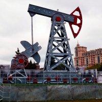 С Днём нефтяника! :: Владимир Болдырев