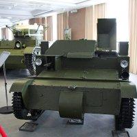 Первенцы советского танкостроения :: Елена Викторова
