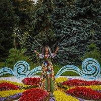 Цветочный ангел :: Андрей Нибылица