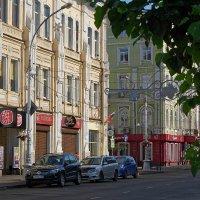 Утро в городе :: Евгений Карский