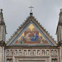 """Умбрия. Орвието. Кафедральный собор (Duomo di Orvieto). Фреска """"Коронование Девы Марии"""" :: Надежда Лаптева"""