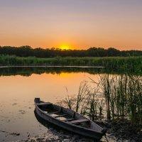 Старая лодка . :: Владимир M