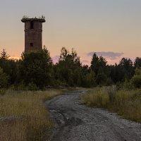 У заброшенной башни. :: Сергей l