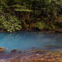 кусочек Голубого озера в Абхазии :: Фирдавс Азизов