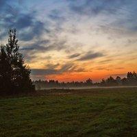 А за рассветом - новый рассвет... :: Vladimir Semenchukov