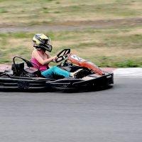 И девушки любят скорость. :: Mikhail Irtyshskiy
