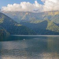 озеро Рицца :: Оксана Горбунова
