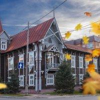 Осень в городе :: Сергей Добрыднев