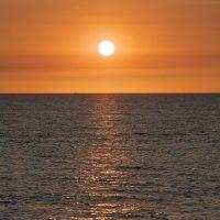 Закат на Чёрном Море :: Олег Савин