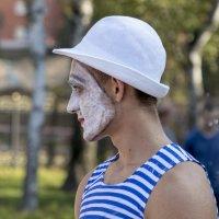 Грустный клоун. :: Анатолий. Chesnavik.