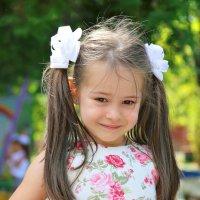Девочка с бантиками :: Павел Прозоров