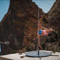 Хочешь быть красивой - танцуй Pole Dance :: Алексей Латыш