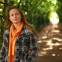 Фотосессия красивой 37 летней замужней девушки в Петергофе. :: Роман Алексеев