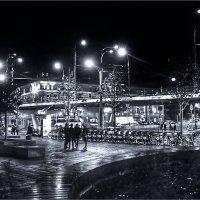 Крымская площадь :: Дмитрий Потапов
