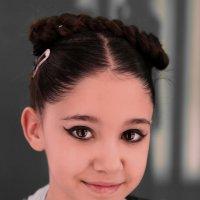 Маленькая танцовщица. :: Александр Бабаев