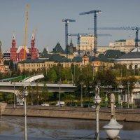 А Москва все строится! :: Валерий Гудков