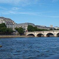 Париж. Прогулка по реке Сена. :: Владимир Драгунский