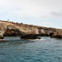 Пиратские пещеры на Кипре в бухте Айя-Напа. :: Татьяна Калинкина