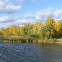 Озеро Нижний Кабан в октябре :: Наиля