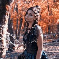 """Фотоохота """"Леди темного леса"""" :: Евангелина Малинина"""