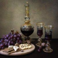 О винограде, вине и сыре... :: Ирина Приходько