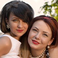Аня и Татьяна :: Юля Финягина
