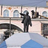 Нашему Ильичу любая роль по плечу... Утром 20 октября в Ярославле :: Николай Белавин