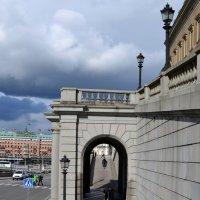 У королевского дворца :: Ольга